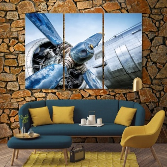 Propeller of an old airplane wall decorating ideas with pictures